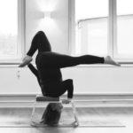 Feet Up Workshop - YOGA MIT DEM KOPFSTANDHOCKER  am 29. Februar 2020 um 10.00 - 12.30 UHR mit Carolin Florschütz